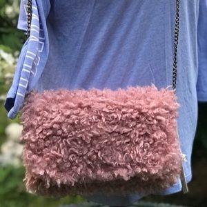 ADORABLE PINK FAUX FUR Universal Threads Bag